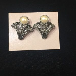 Avon pierced earrings